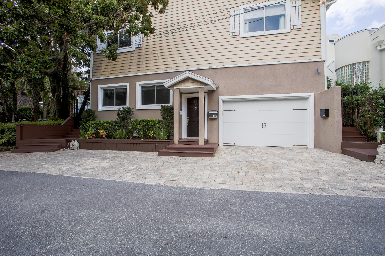 1785 Beach Ave