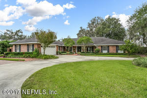 Photo of 10160 Village Grove Dr W, Jacksonville, Fl 32257 - MLS# 909129