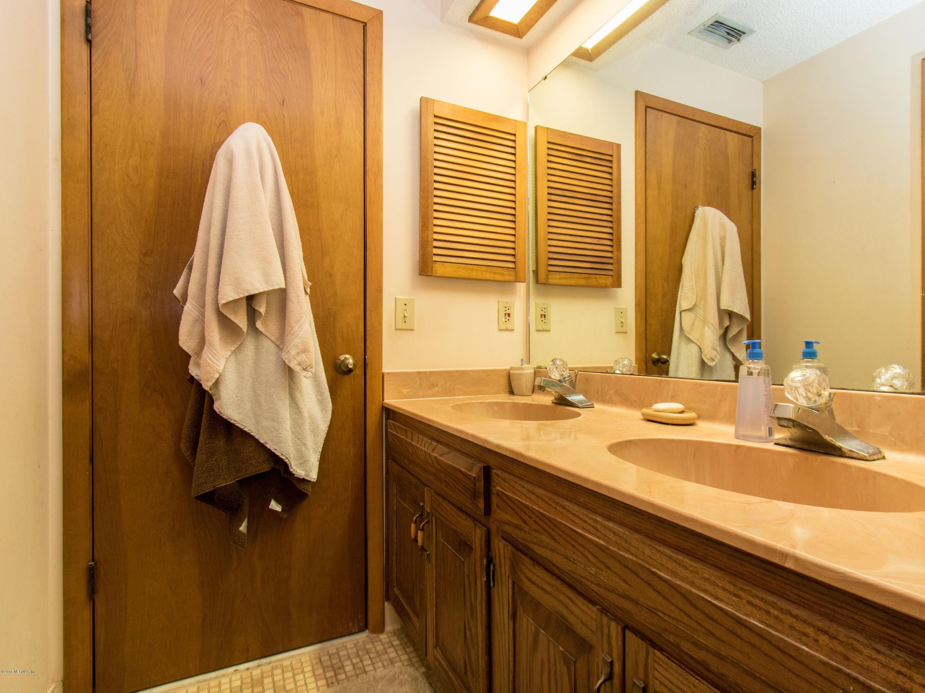 14004 MANDARIN OAKS, JACKSONVILLE, FLORIDA 32223, 5 Bedrooms Bedrooms, ,4 BathroomsBathrooms,Residential - single family,For sale,MANDARIN OAKS,914322