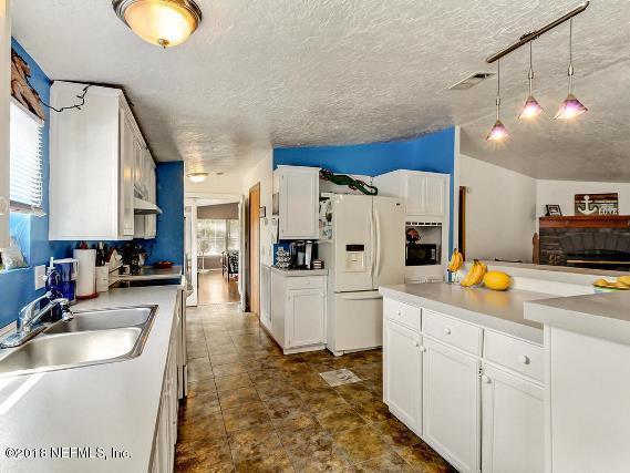 132 LAKE SERENA, MELROSE, FLORIDA 32666, 3 Bedrooms Bedrooms, ,2 BathroomsBathrooms,Residential - mobile home,For sale,LAKE SERENA,925746