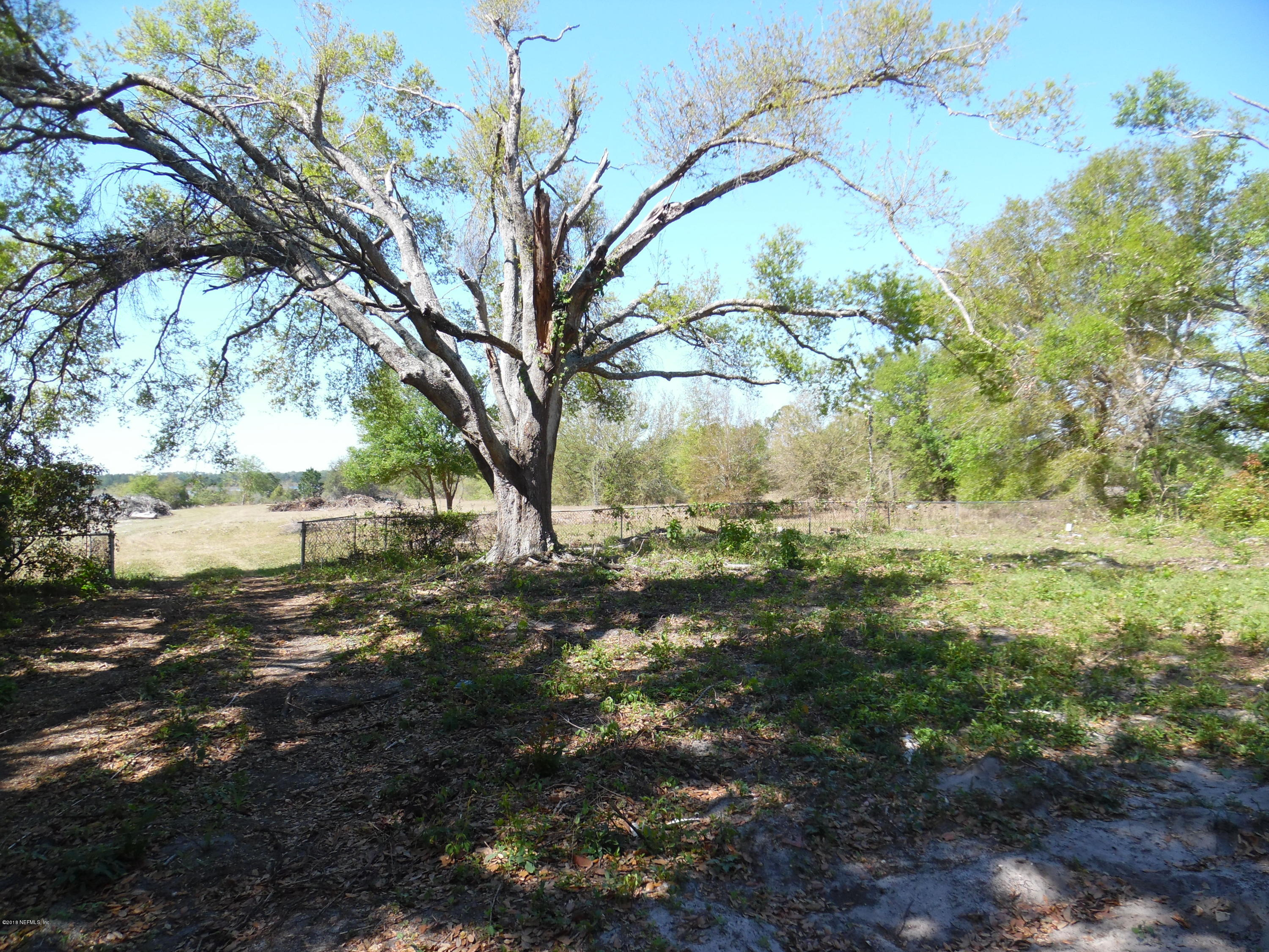 7982 FL-100, KEYSTONE HEIGHTS, FLORIDA 32656, ,Vacant land,For sale,FL-100,929352
