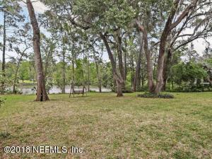 1507 W Holly Oaks Lake Jacksonville, FL 32225