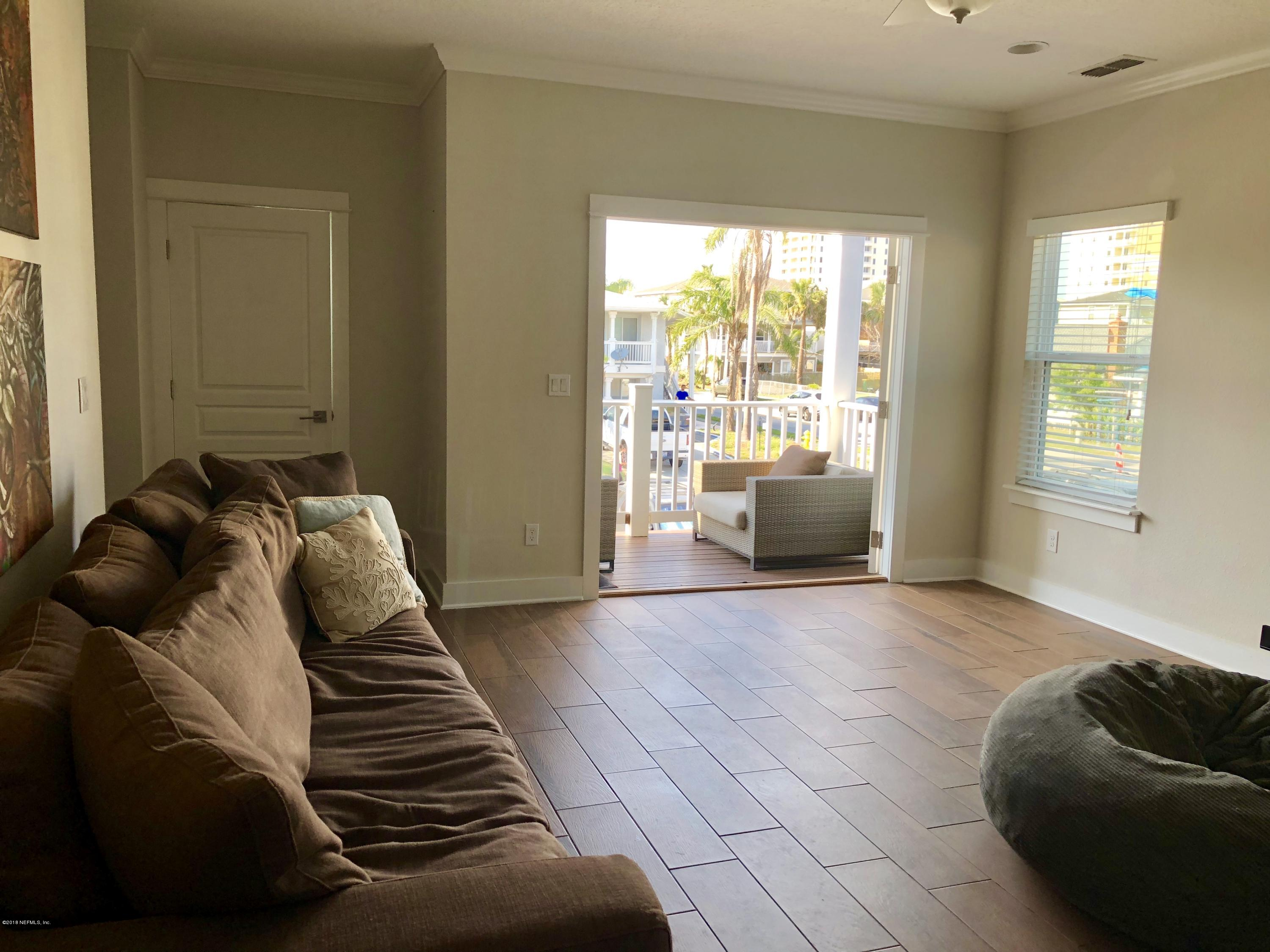 208 12TH, JACKSONVILLE BEACH, FLORIDA 32250, 3 Bedrooms Bedrooms, ,3 BathroomsBathrooms,Residential - townhome,For sale,12TH,937160