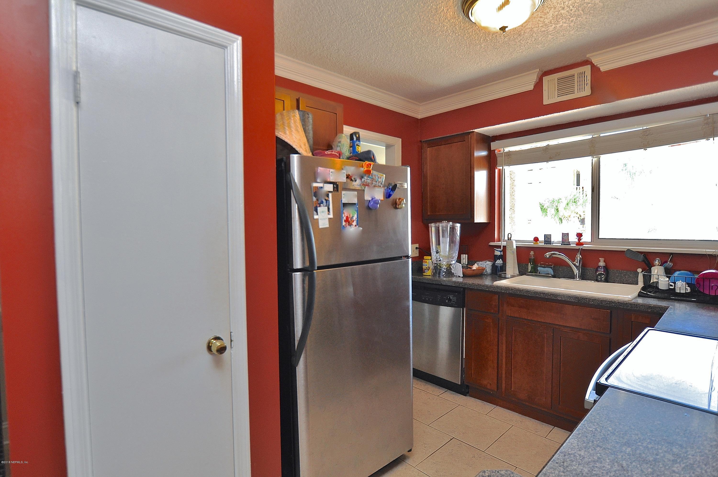 360 14TH, JACKSONVILLE BEACH, FLORIDA 32250, 2 Bedrooms Bedrooms, ,1 BathroomBathrooms,Residential - townhome,For sale,14TH,941169