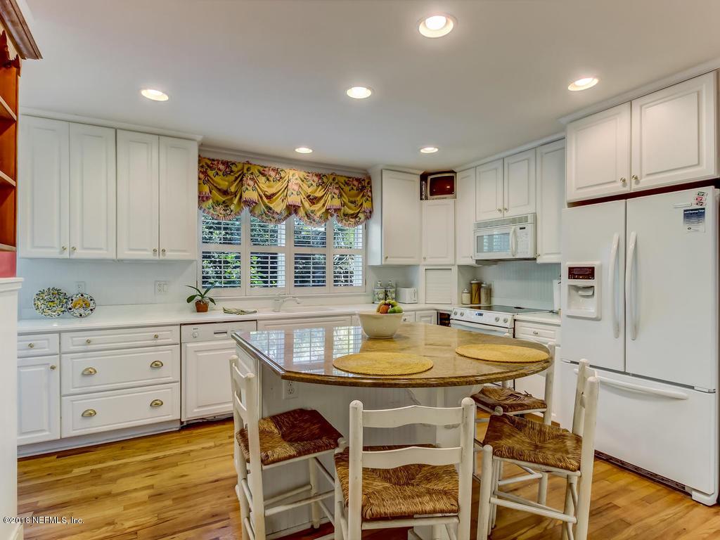 1216 LAKEWOOD, JACKSONVILLE, FLORIDA 32207, 3 Bedrooms Bedrooms, ,2 BathroomsBathrooms,Residential - single family,For sale,LAKEWOOD,943823