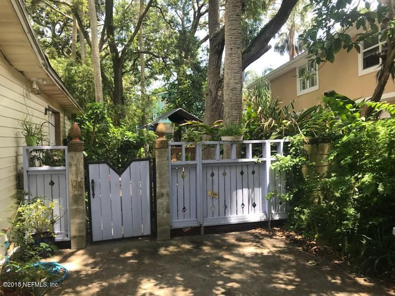 55 SHERRY, ATLANTIC BEACH, FLORIDA 32233, 5 Bedrooms Bedrooms, ,2 BathroomsBathrooms,Residential - single family,For sale,SHERRY,944488