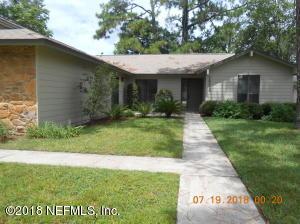 10216 FOXCROFT RD W, JACKSONVILLE, FL 32257
