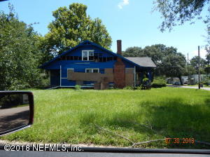 2043 Walnut Jacksonville, FL 32206