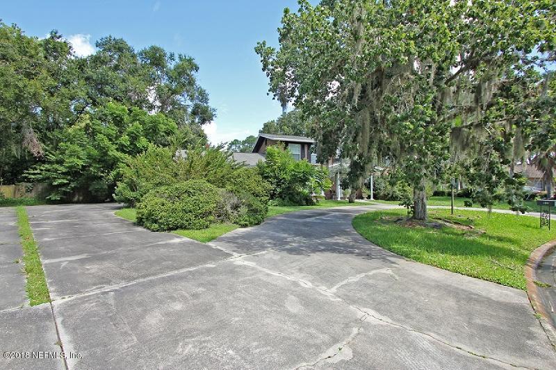 8604 LA LOSA, JACKSONVILLE, FLORIDA 32217, 5 Bedrooms Bedrooms, ,3 BathroomsBathrooms,Residential - single family,For sale,LA LOSA,951441