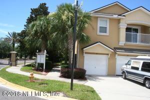 8196 Cabin Lake Jacksonville, FL 32256