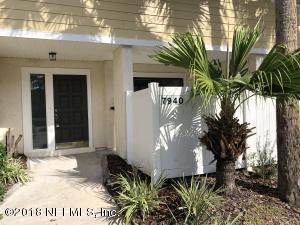 7940 Los Robles Jacksonville, FL 32256