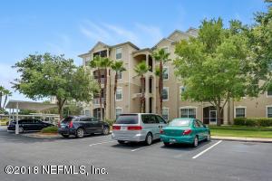 7801 Point Meadows Jacksonville, FL 32256