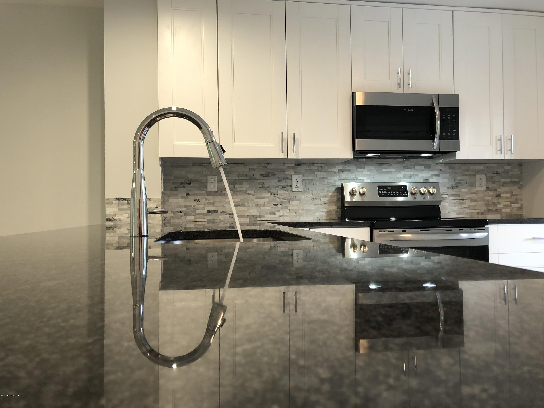 7940 LOS ROBLES, JACKSONVILLE, FLORIDA 32256, 3 Bedrooms Bedrooms, ,2 BathroomsBathrooms,Residential - condos/townhomes,For sale,LOS ROBLES,951873