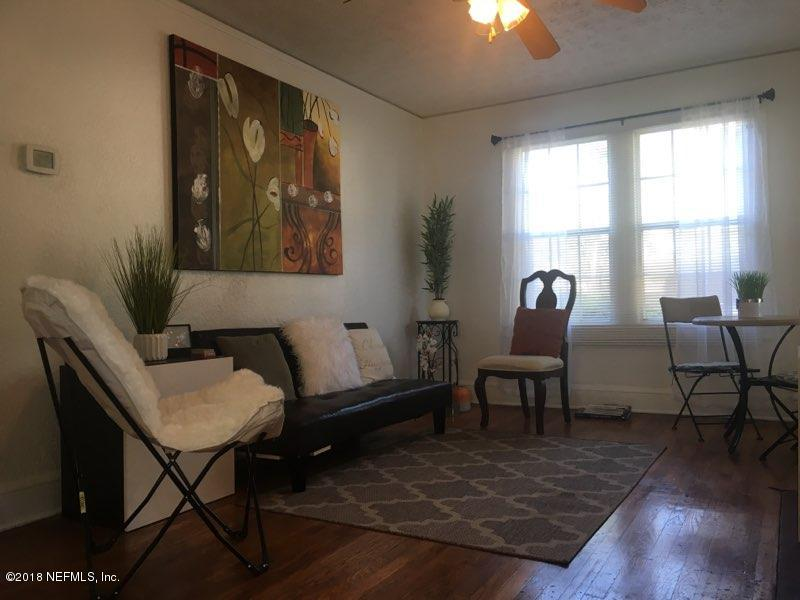 6831 BARBERIE, JACKSONVILLE, FLORIDA 32208, 3 Bedrooms Bedrooms, ,1 BathroomBathrooms,Residential - single family,For sale,BARBERIE,910580
