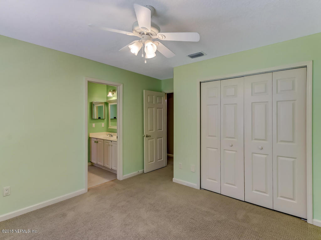 8740 HAMPSHIRE GLEN, JACKSONVILLE, FLORIDA 32256, 5 Bedrooms Bedrooms, ,4 BathroomsBathrooms,Residential - single family,For sale,HAMPSHIRE GLEN,953806