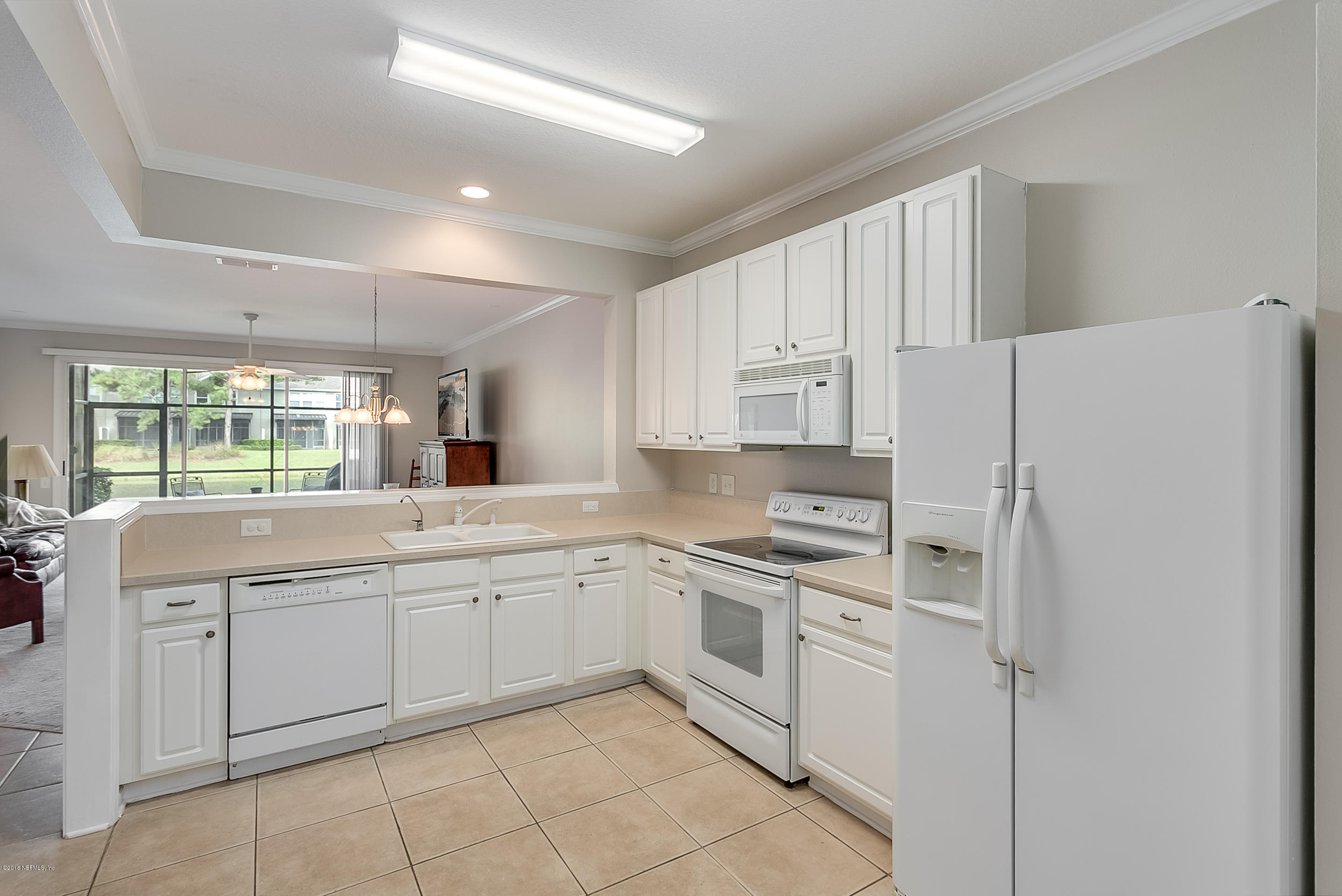7562 RED CRANE, JACKSONVILLE, FLORIDA 32256, 3 Bedrooms Bedrooms, ,2 BathroomsBathrooms,Residential - townhome,For sale,RED CRANE,953896
