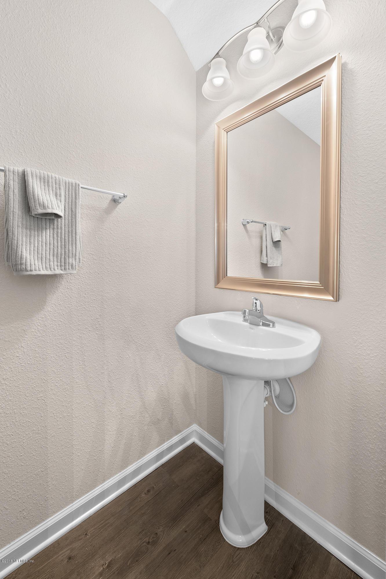 2830 SHANGRI LA, JACKSONVILLE, FLORIDA 32233, 4 Bedrooms Bedrooms, ,2 BathroomsBathrooms,Residential - townhome,For sale,SHANGRI LA,951554