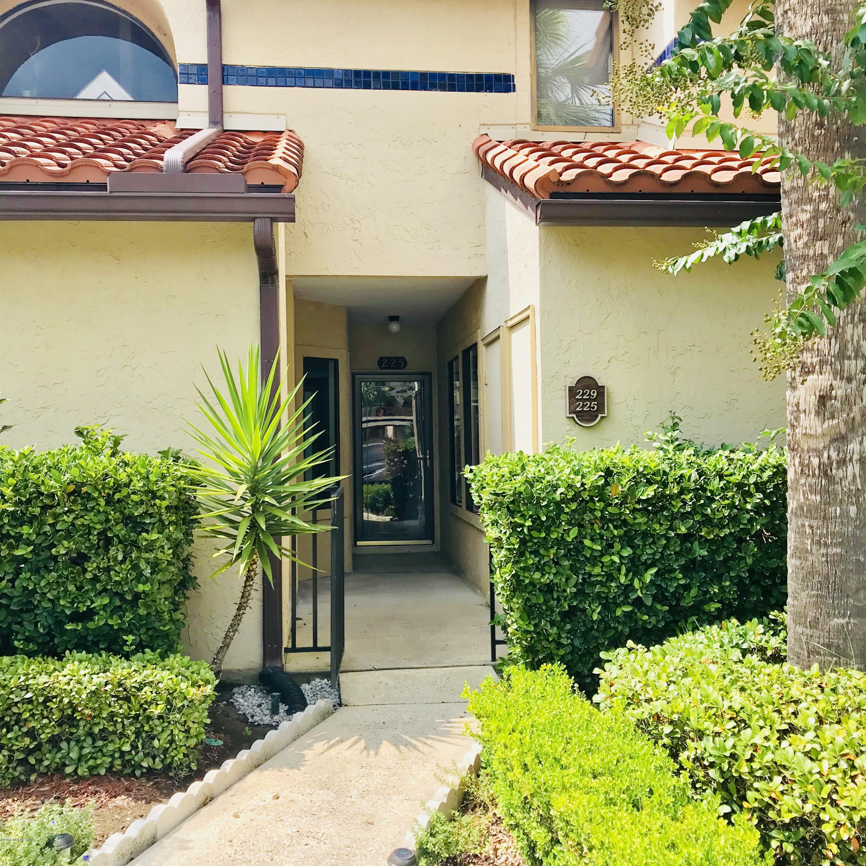 3809 LA VISTA, JACKSONVILLE, FLORIDA 32217, 2 Bedrooms Bedrooms, ,2 BathroomsBathrooms,Residential - condos/townhomes,For sale,LA VISTA,956389