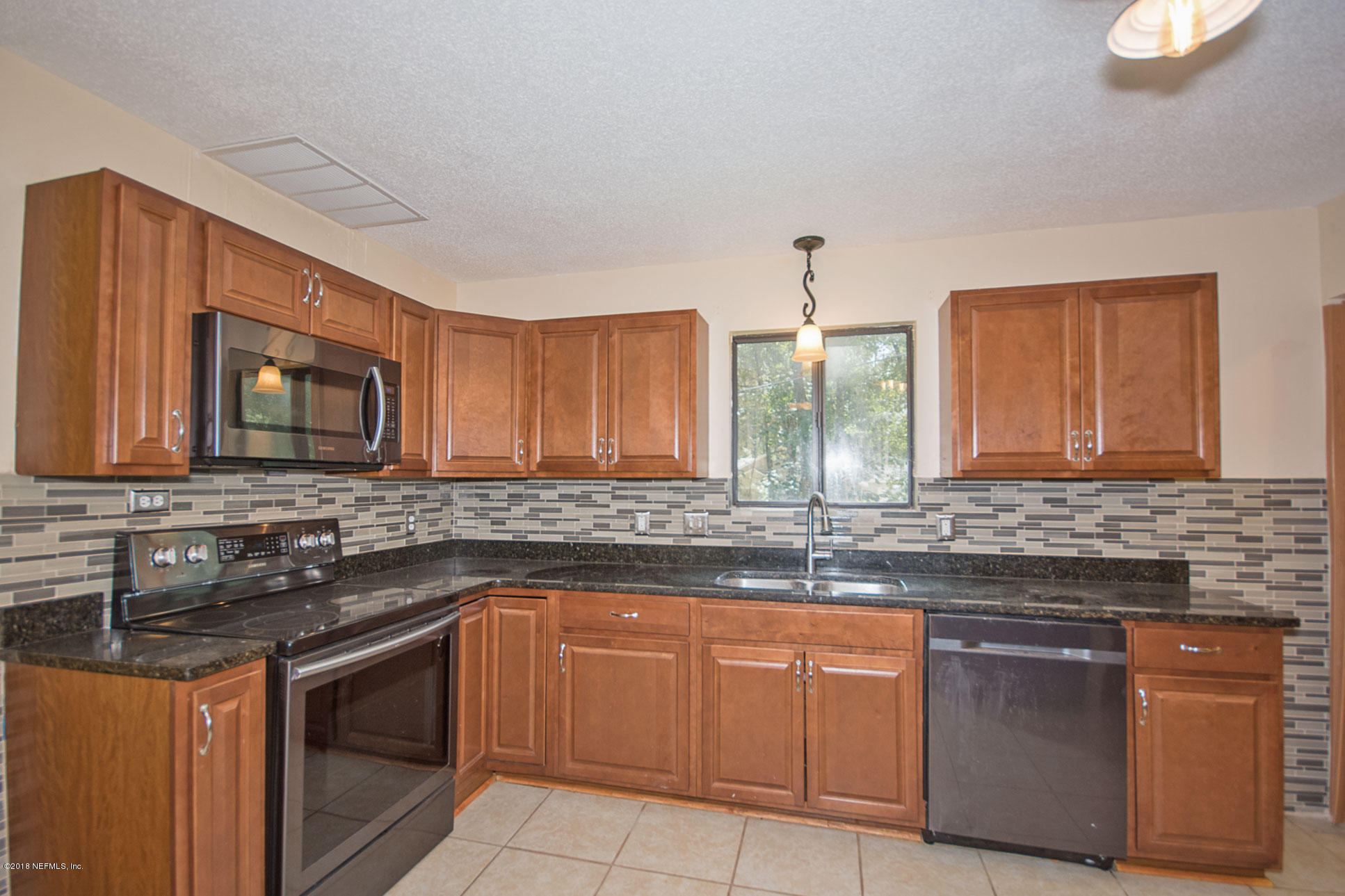 562 TUNG HILL, TALLAHASSEE, FLORIDA 32317, 5 Bedrooms Bedrooms, ,3 BathroomsBathrooms,Residential - single family,For sale,TUNG HILL,959359