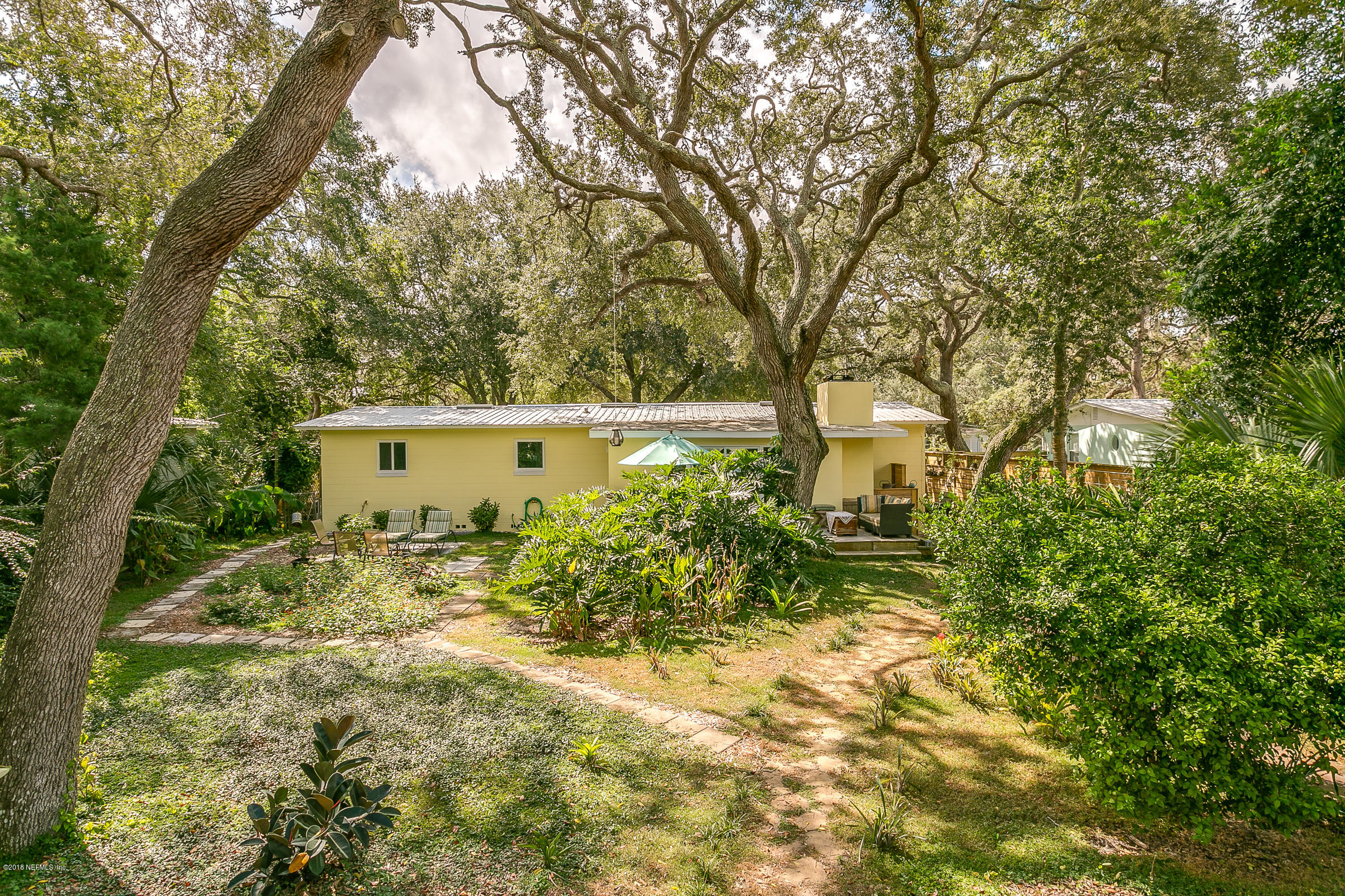 11 MADEIRA, ST AUGUSTINE, FLORIDA 32080, 4 Bedrooms Bedrooms, ,4 BathroomsBathrooms,Residential - single family,For sale,MADEIRA,959190