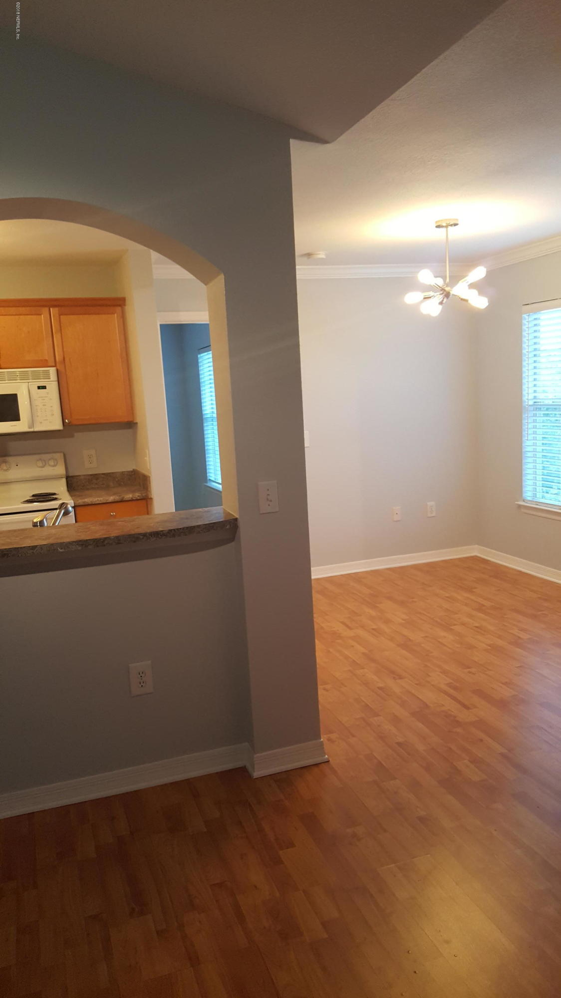 10961 BURNT MILL, JACKSONVILLE, FLORIDA 32256, 1 Bedroom Bedrooms, ,1 BathroomBathrooms,Residential - condos/townhomes,For sale,BURNT MILL,959707