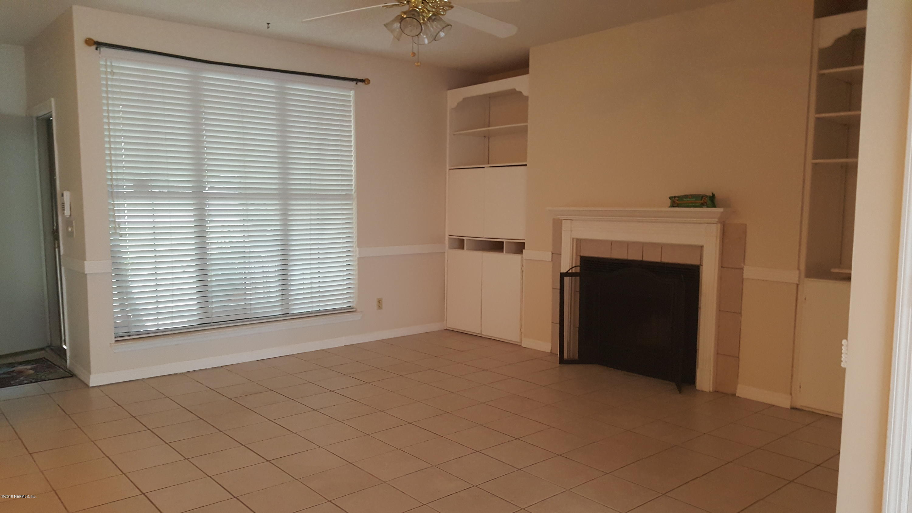 2203 WOOD HILL, JACKSONVILLE, FLORIDA 32256, 2 Bedrooms Bedrooms, ,1 BathroomBathrooms,Residential - condos/townhomes,For sale,WOOD HILL,959336