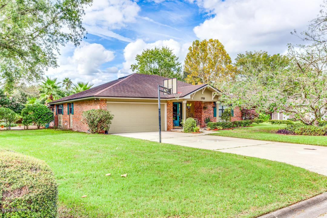 1708 MORNINGSIDE, MIDDLEBURG, FLORIDA 32068, 3 Bedrooms Bedrooms, ,2 BathroomsBathrooms,Residential - single family,For sale,MORNINGSIDE,963622