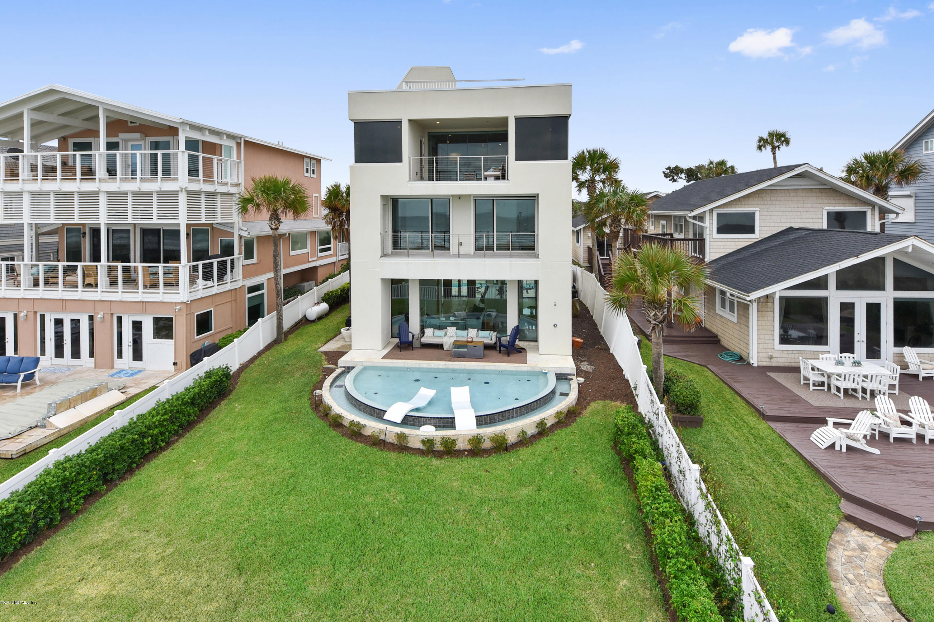 1777 BEACH, ATLANTIC BEACH, FLORIDA 32233, 4 Bedrooms Bedrooms, ,5 BathroomsBathrooms,Residential - single family,For sale,BEACH,964464