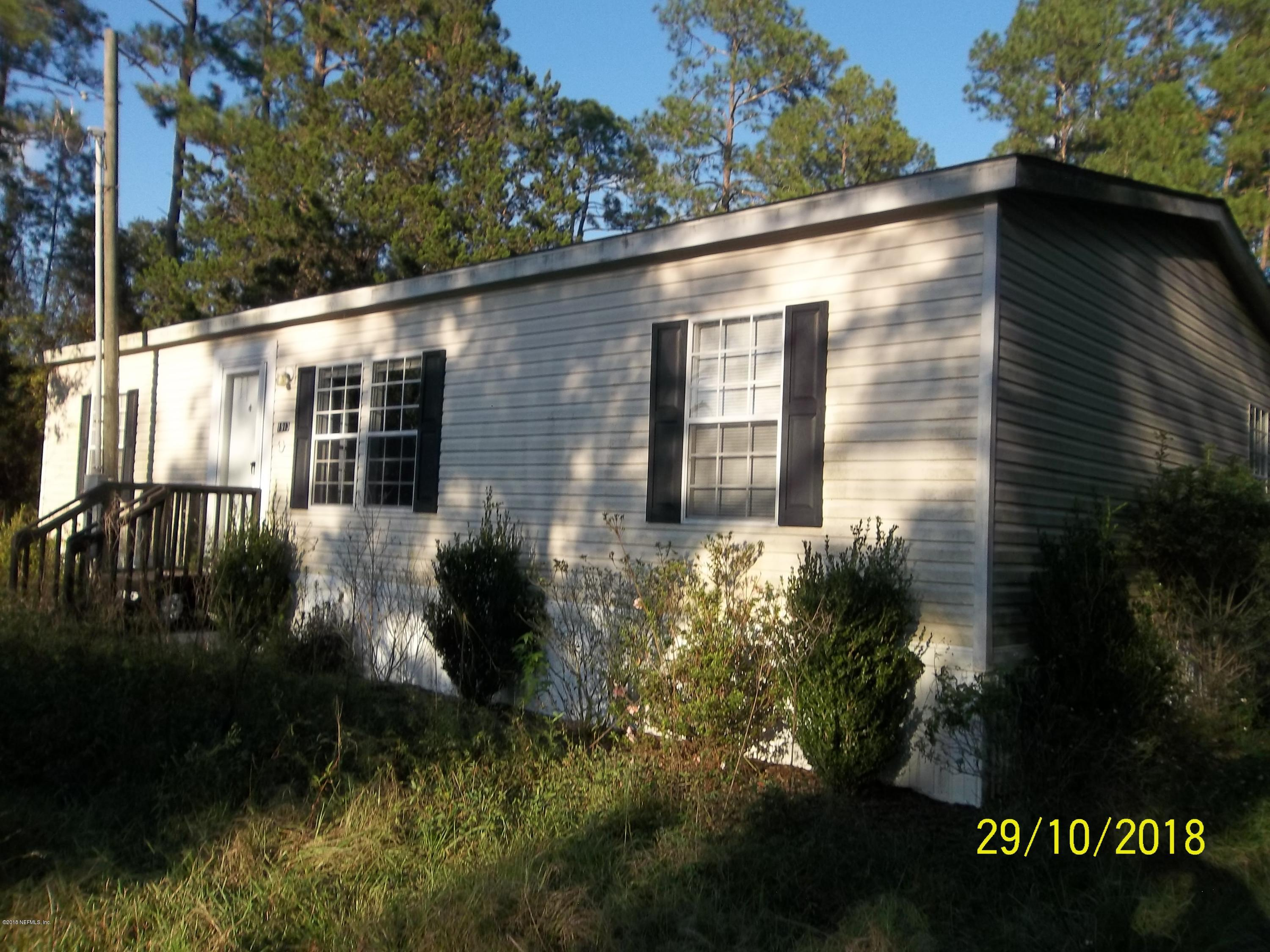 1913 US HIGHWAY 301, HAWTHORNE, FLORIDA 32640, 3 Bedrooms Bedrooms, ,2 BathroomsBathrooms,Residential - mobile home,For sale,US HIGHWAY 301,965164