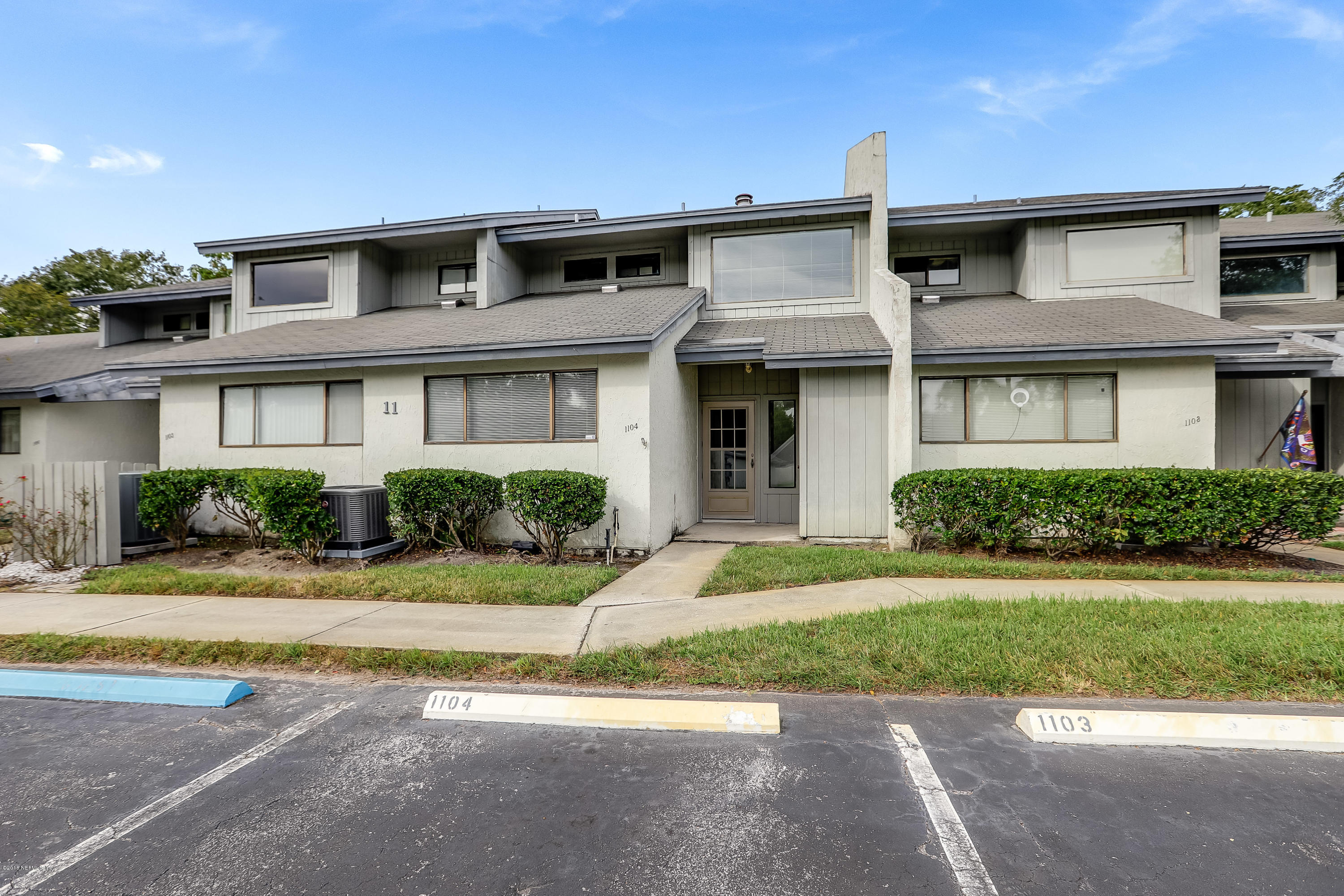 9360 CRAVEN, JACKSONVILLE, FLORIDA 32257, 2 Bedrooms Bedrooms, ,2 BathroomsBathrooms,Residential - condos/townhomes,For sale,CRAVEN,965424