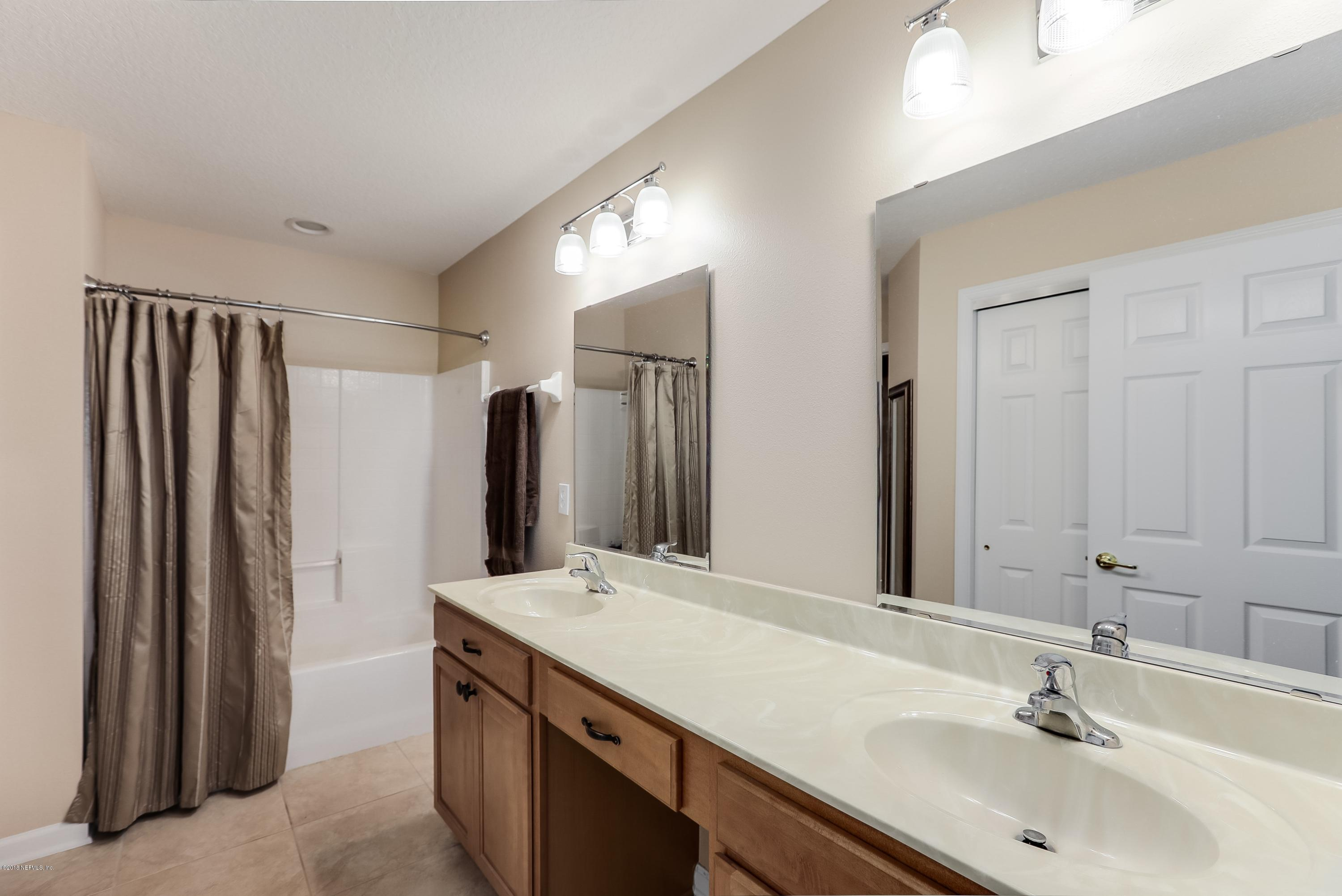 368 WOODED CROSSING, ST AUGUSTINE, FLORIDA 32084, 4 Bedrooms Bedrooms, ,3 BathroomsBathrooms,Residential - townhome,For sale,WOODED CROSSING,965475