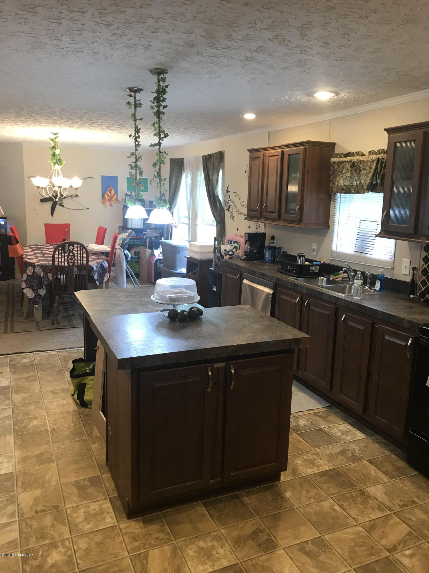4310 JOHNS CEMETERY, MIDDLEBURG, FLORIDA 32068, 5 Bedrooms Bedrooms, ,2 BathroomsBathrooms,Residential - mobile home,For sale,JOHNS CEMETERY,965493