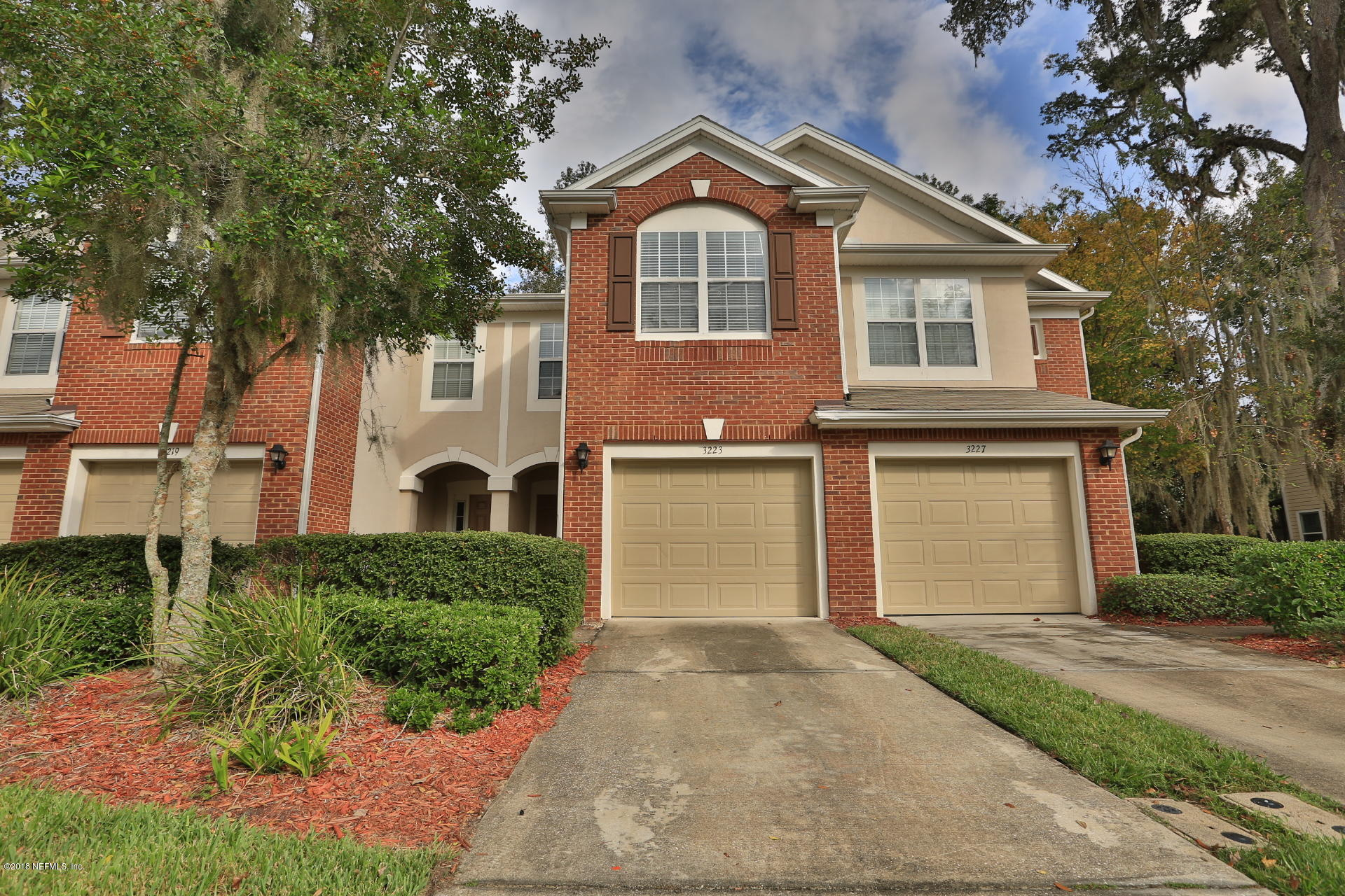 3223 CLIMBING IVY, JACKSONVILLE, FLORIDA 32216, 3 Bedrooms Bedrooms, ,2 BathroomsBathrooms,Residential - townhome,For sale,CLIMBING IVY,966682