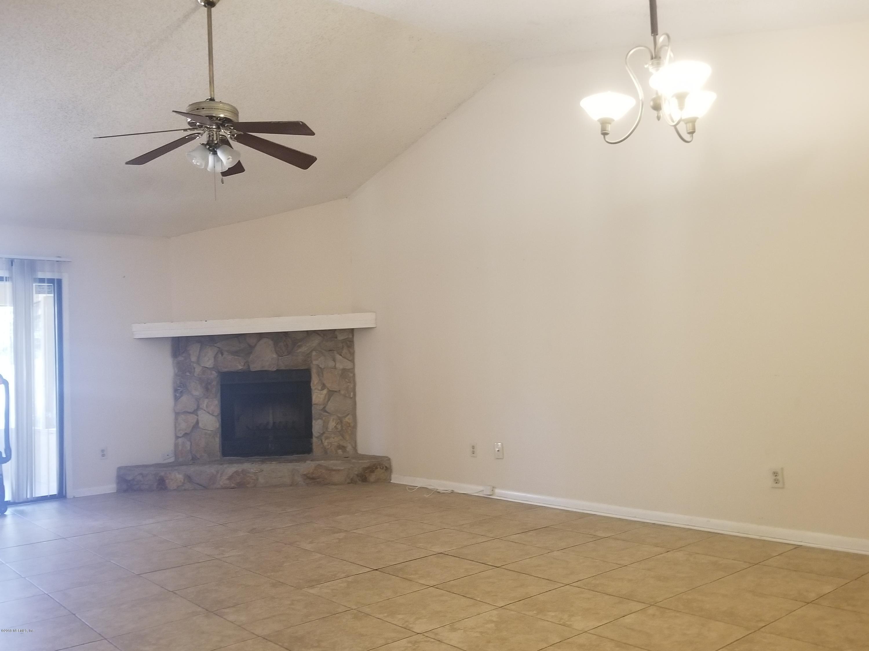 5625 PINEBAY, JACKSONVILLE, FLORIDA 32244, 3 Bedrooms Bedrooms, ,2 BathroomsBathrooms,Residential - townhome,For sale,PINEBAY,966696