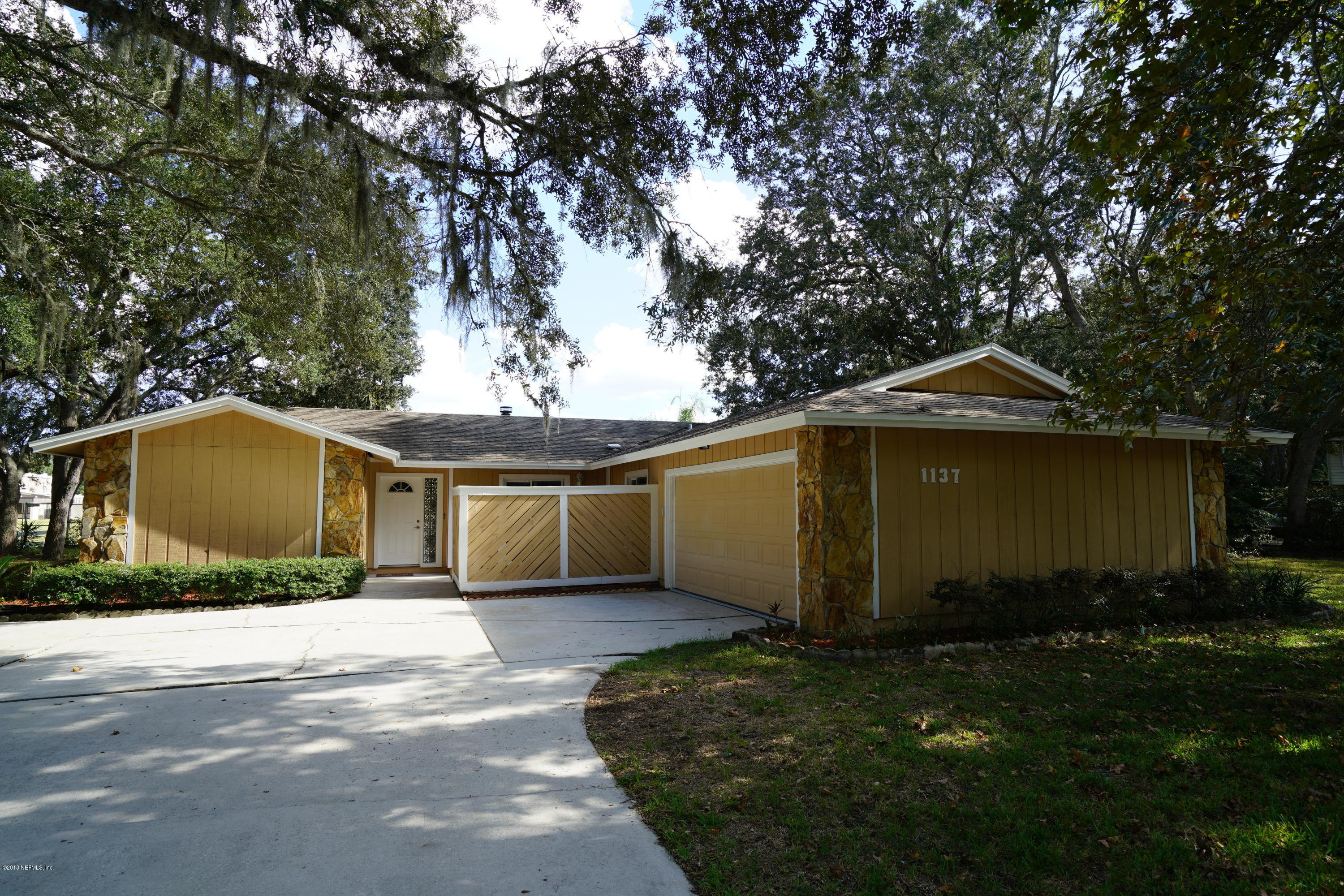 1137 HAMLET, NEPTUNE BEACH, FLORIDA 32266, 3 Bedrooms Bedrooms, ,2 BathroomsBathrooms,Residential - single family,For sale,HAMLET,955578
