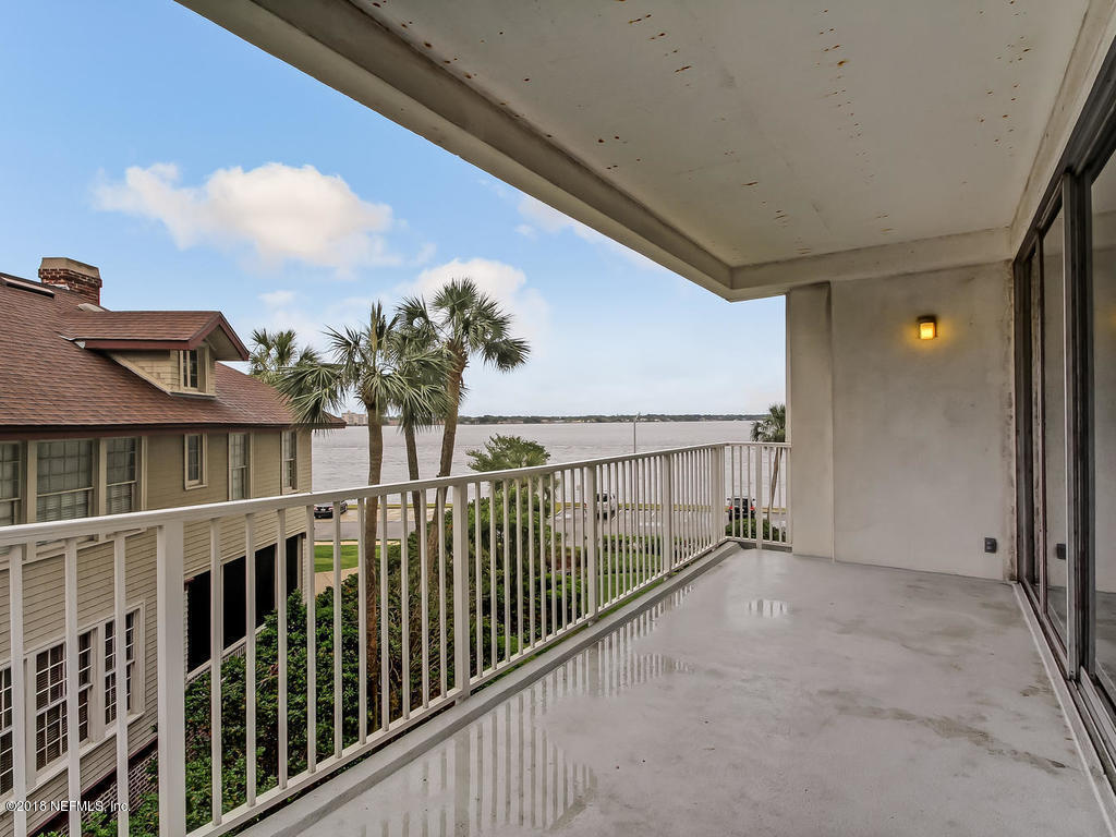 1560 LANCASTER, JACKSONVILLE, FLORIDA 32204, 1 Bedroom Bedrooms, ,1 BathroomBathrooms,Residential - condos/townhomes,For sale,LANCASTER,968378