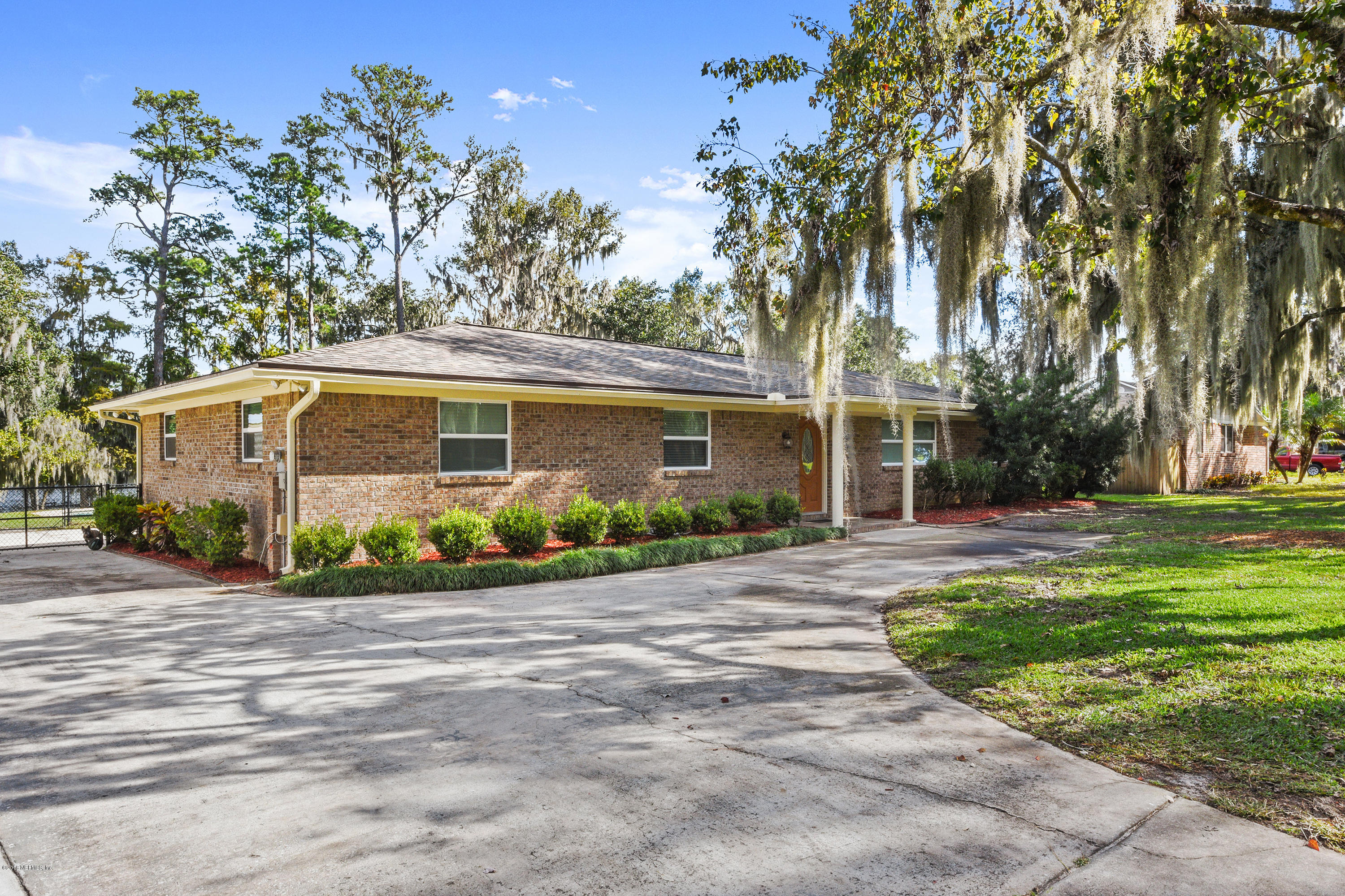 20 HARMONY HALL, MIDDLEBURG, FLORIDA 32068, 3 Bedrooms Bedrooms, ,2 BathroomsBathrooms,Residential - single family,For sale,HARMONY HALL,969678