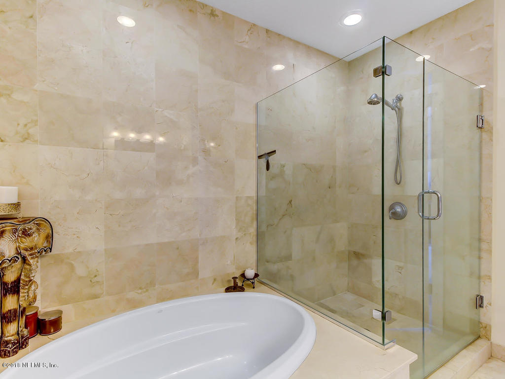 1431 RIVERPLACE, JACKSONVILLE, FLORIDA 32207, 2 Bedrooms Bedrooms, ,2 BathroomsBathrooms,Residential - condos/townhomes,For sale,RIVERPLACE,972663