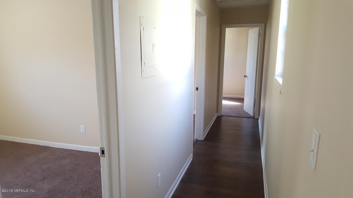 842 WASHINGTON, JACKSONVILLE, FLORIDA 32206, 3 Bedrooms Bedrooms, ,1 BathroomBathrooms,Commercial,For sale,WASHINGTON,973520