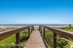 Photo of 91 Ocean Breeze Dr, Atlantic Beach, Fl 32233 - MLS# 974354