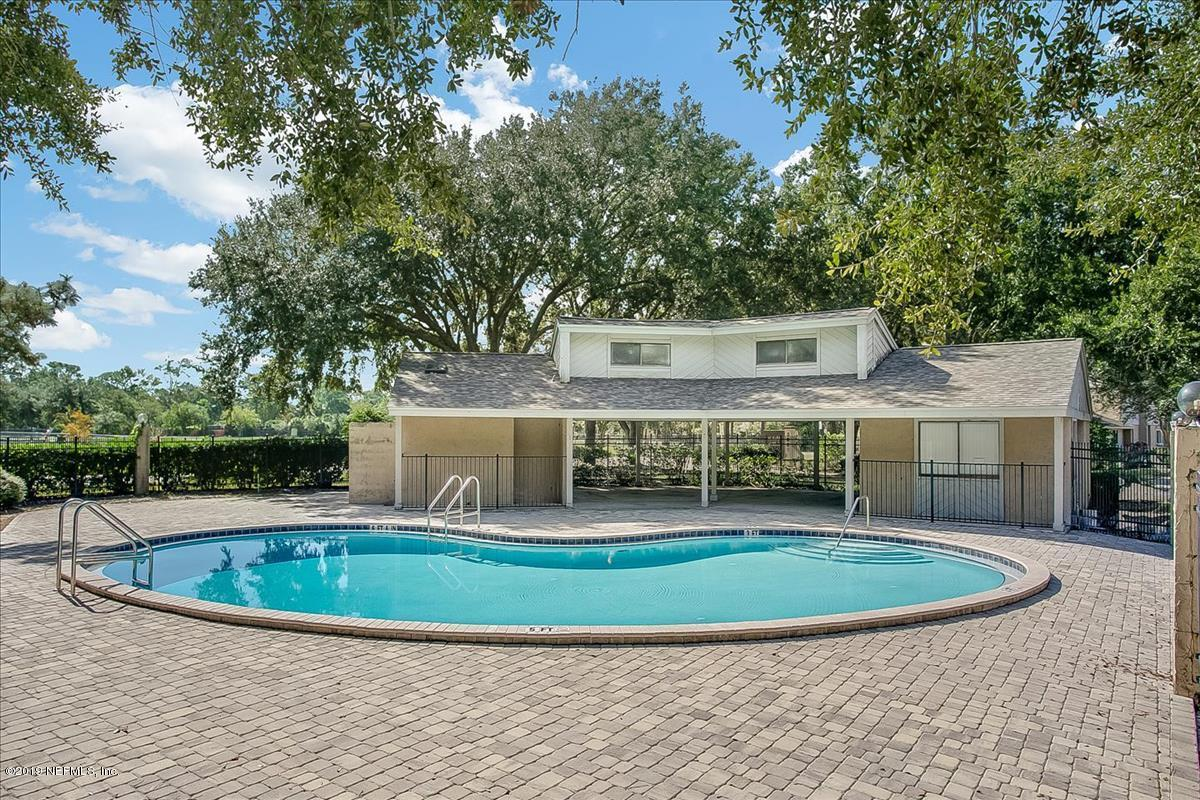 3801 CROWN POINT- JACKSONVILLE- FLORIDA 32257, 2 Bedrooms Bedrooms, ,2 BathroomsBathrooms,Residential - condos/townhomes,For sale,CROWN POINT,974783