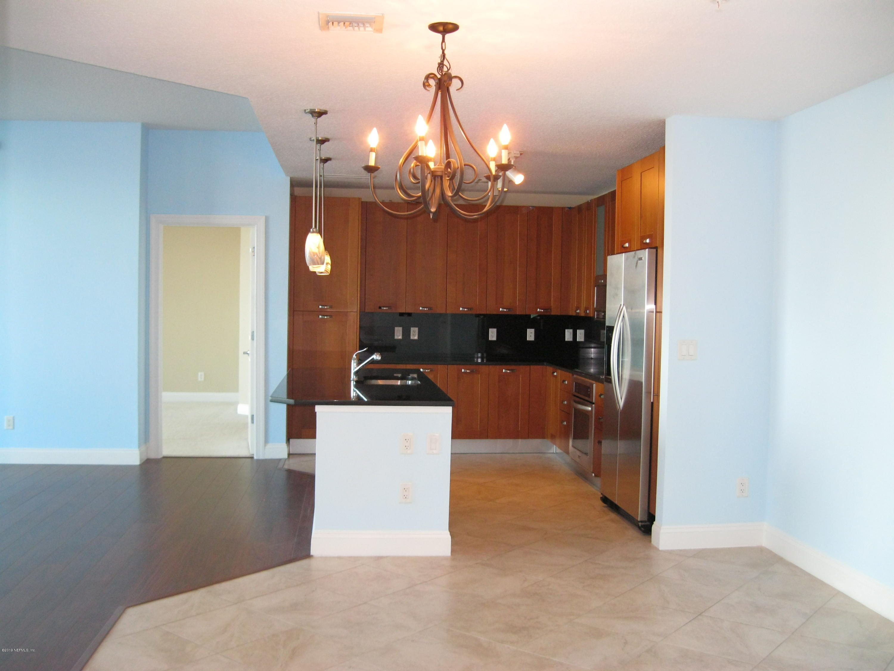 1431 RIVERPLACE, JACKSONVILLE, FLORIDA 32207, 2 Bedrooms Bedrooms, ,2 BathroomsBathrooms,Residential - condos/townhomes,For sale,RIVERPLACE,975207