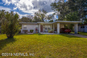 Photo of 7912 Chateau Dr S, Jacksonville, Fl 32221 - MLS# 976081