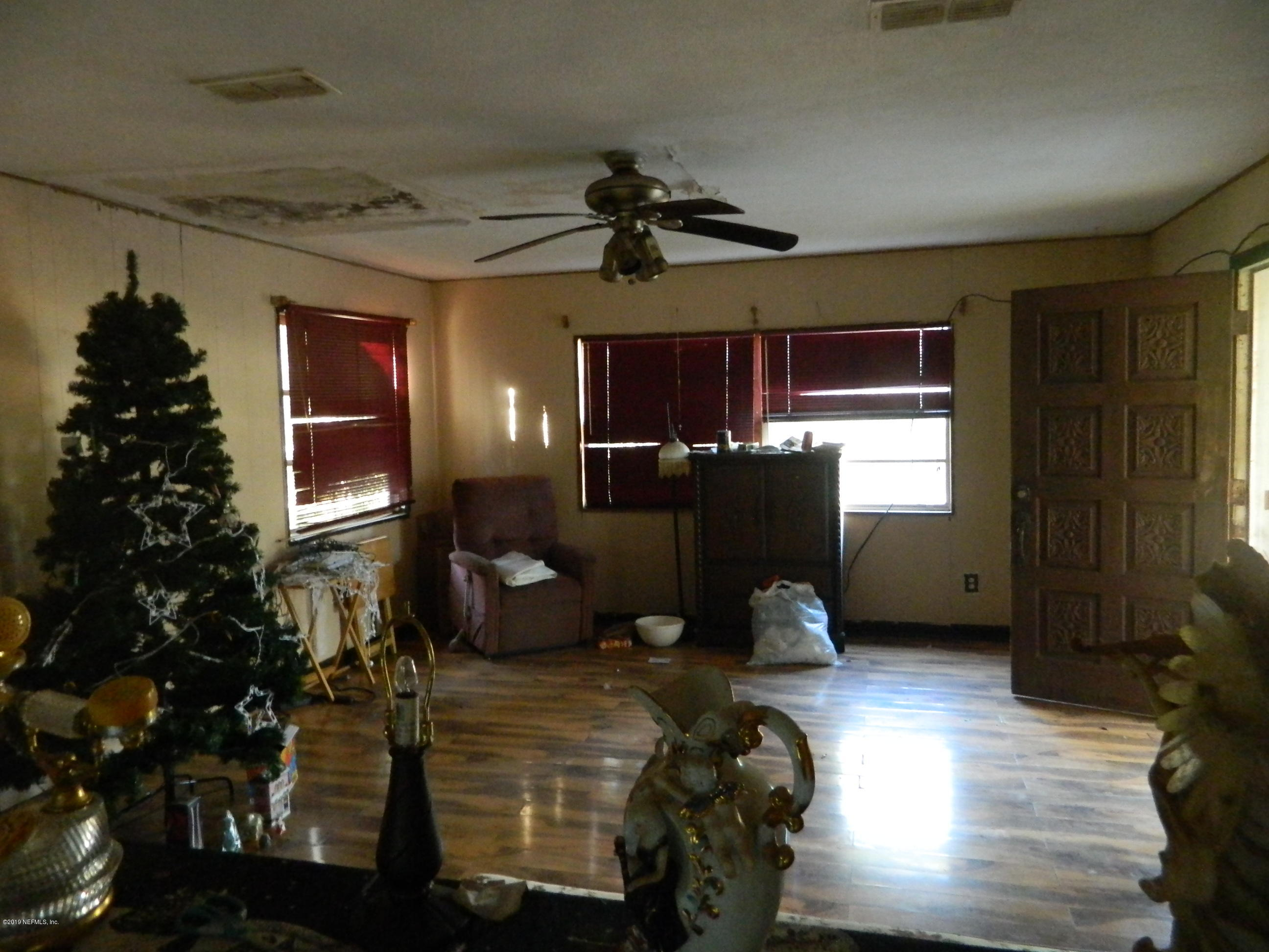 Photo of 2075 SIKES, GREEN COVE SPRINGS, FL 32043