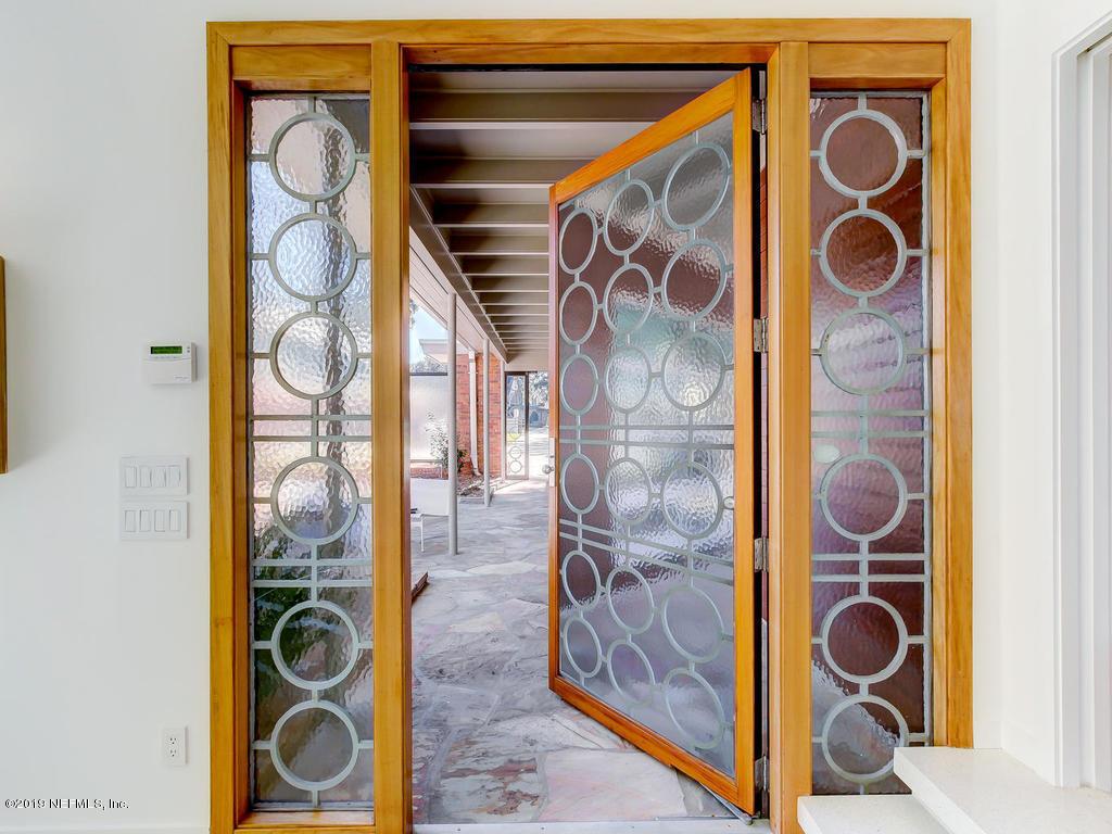 3940 Alhambra Dr W
