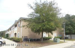 Photo of 3700 Kirkpatrick Cir, 8-9, Jacksonville, Fl 32210 - MLS# 979731
