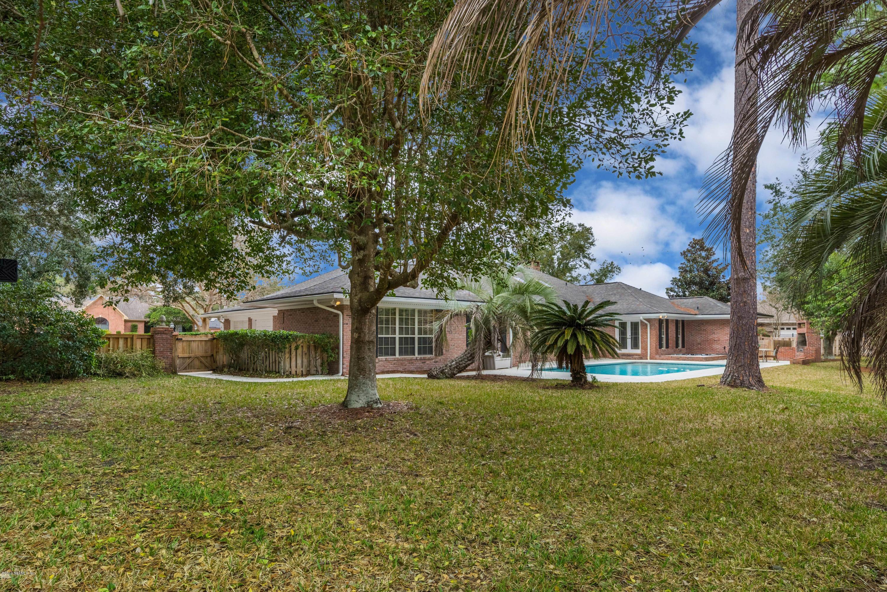 8153 MIDDLE FORK, JACKSONVILLE, FLORIDA 32256, 5 Bedrooms Bedrooms, ,4 BathroomsBathrooms,Residential - single family,For sale,MIDDLE FORK,978401