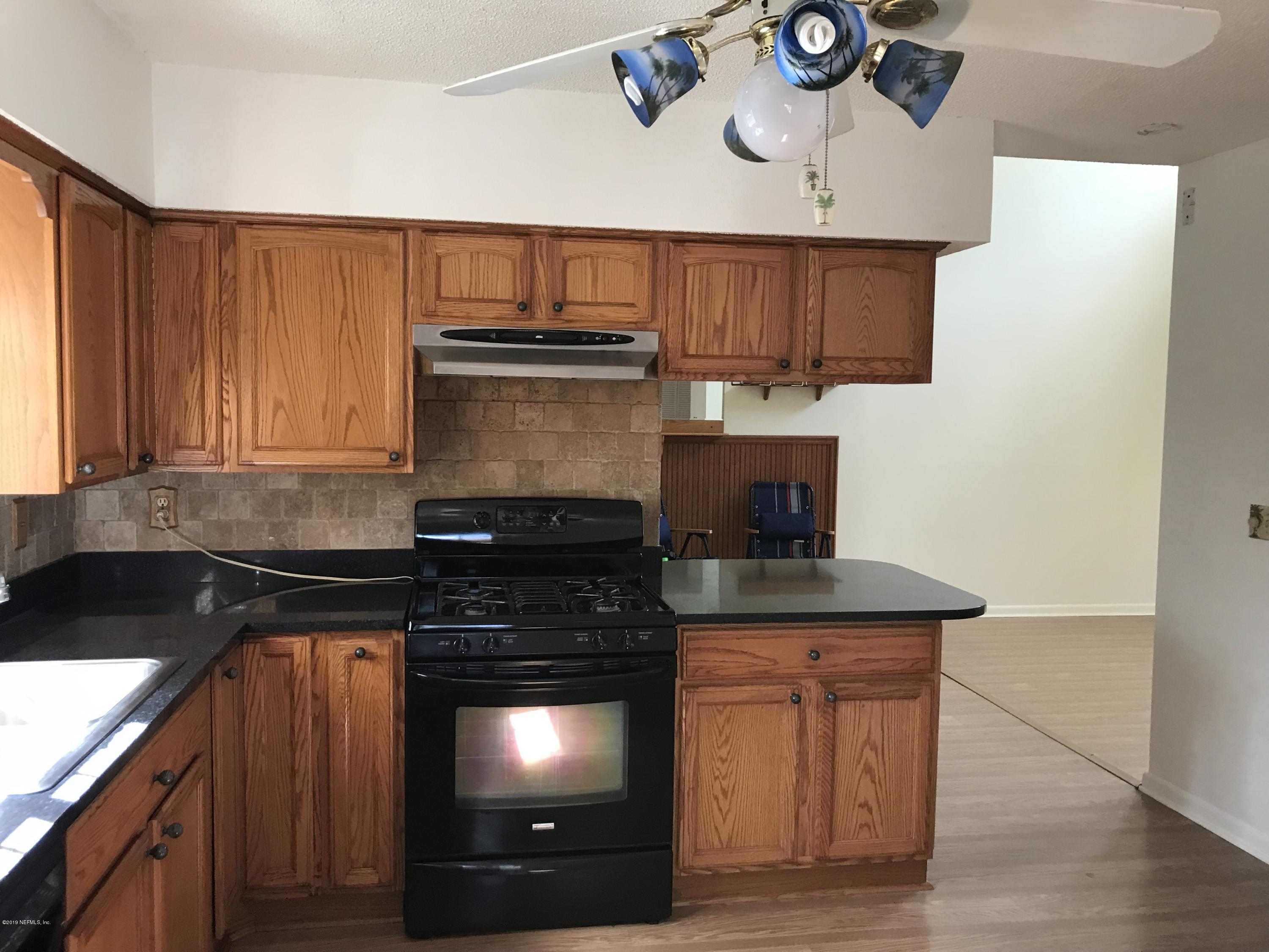 7030 HOLIDAY HILL, JACKSONVILLE, FLORIDA 32216, 3 Bedrooms Bedrooms, ,2 BathroomsBathrooms,Residential - single family,For sale,HOLIDAY HILL,978954