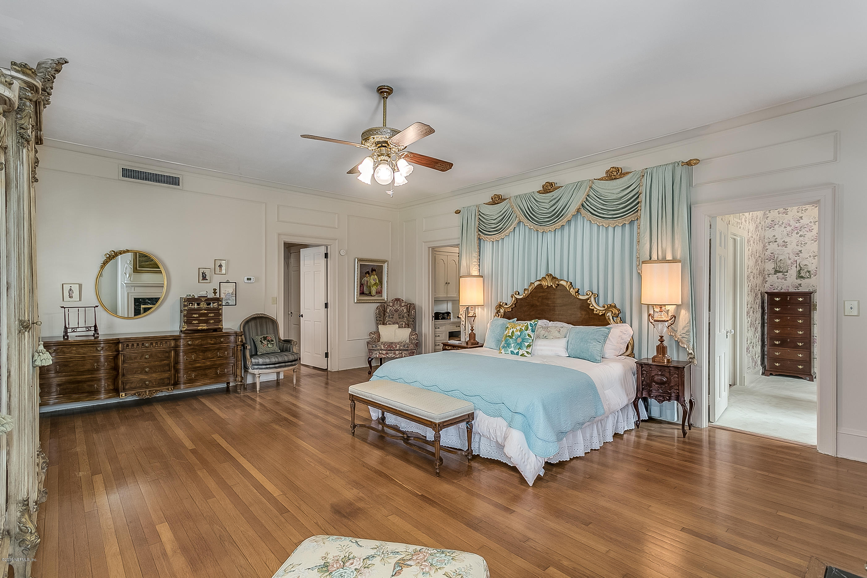 700 OLD GROVE, JACKSONVILLE, FLORIDA 32207, 6 Bedrooms Bedrooms, ,6 BathroomsBathrooms,Residential - single family,For sale,OLD GROVE,982204
