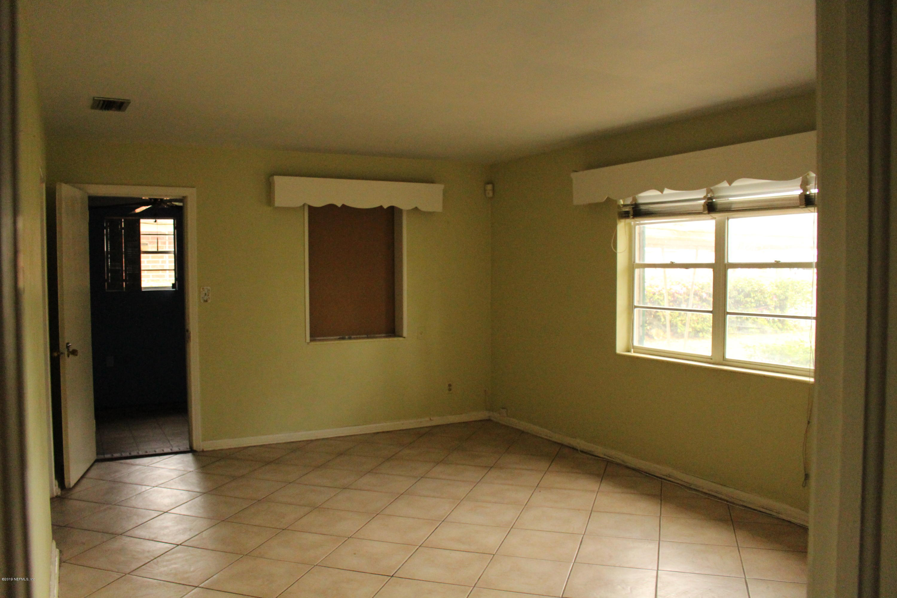 2228 RED OAK, JACKSONVILLE, FLORIDA 32211, 3 Bedrooms Bedrooms, ,1 BathroomBathrooms,Residential - single family,For sale,RED OAK,984089
